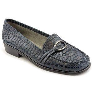 NEW Aerosoles Blue Loafers